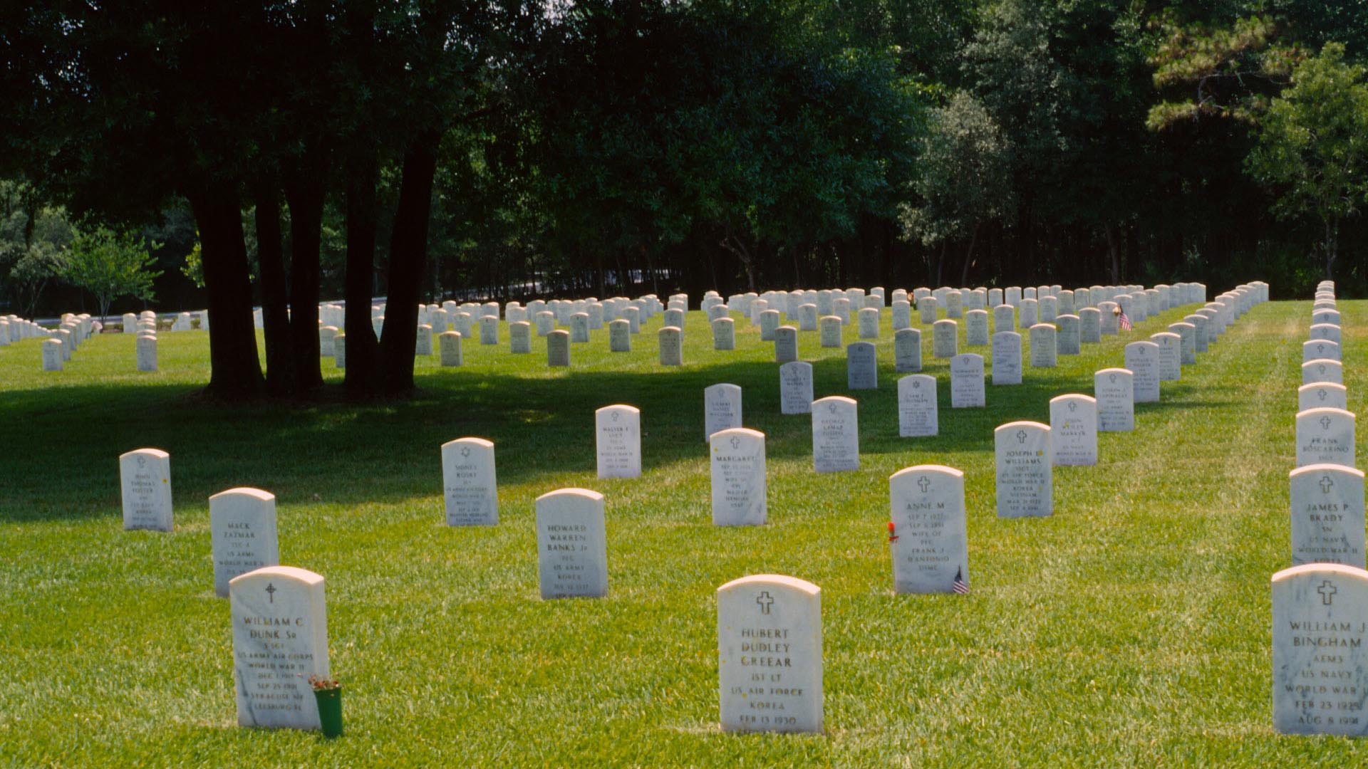 http://www.onoranze-funebri-roma.com/wp-secret-content/uploads/2016/05/veterans-administration-cemetery-headstones-1883.jpg